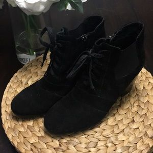 Shoes - ‼️ 2 for $20 ‼️ Suede Boots